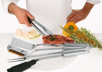 Die BBQ-Saison ist eröffnet - Gebt dem Grillmeister eine funktionierende Grillzange!
