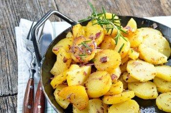 Pfannen für knusprige, goldgelbe Bratkartoffeln