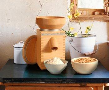 KoMo Getreidemühlen - innovative Mahlwerke und leistungsstarke Motoren