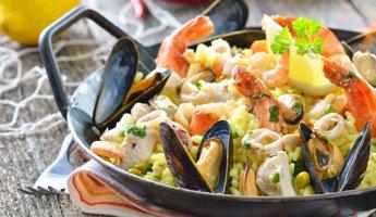 Pfannen für die große Paella-Fiesta