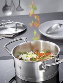Zwilling Kochtopfserie TWIN Select - Optimale Wärmeverteilung durch innovative Bodentechnologie